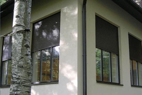 встроенные рольставни на окна