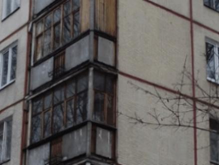 Г-образный балкон 1605