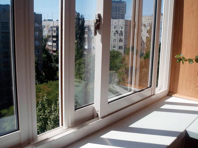 Окна на лоджию Слайдорс
