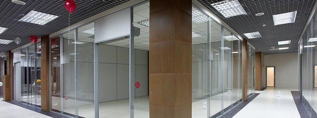 Большой выбор торговых перегородок для ТЦ в Москве и МО