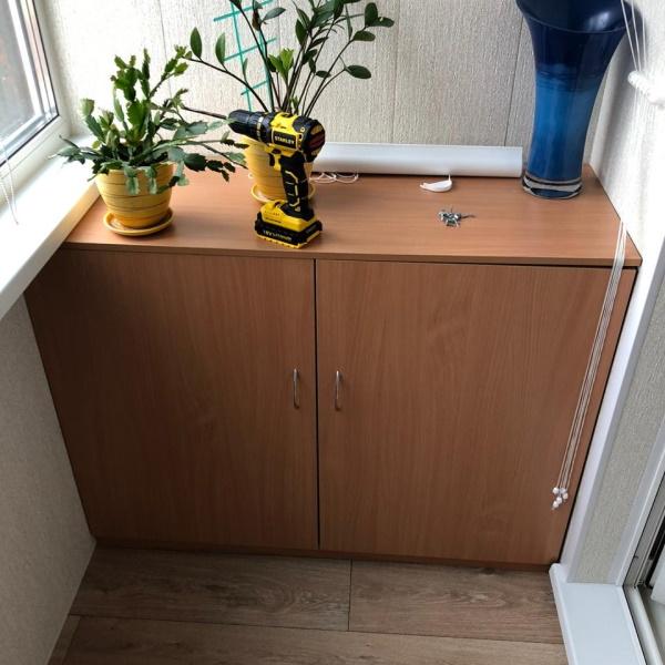 Шкаф, тумба и жалюзи на балкон - фото 4