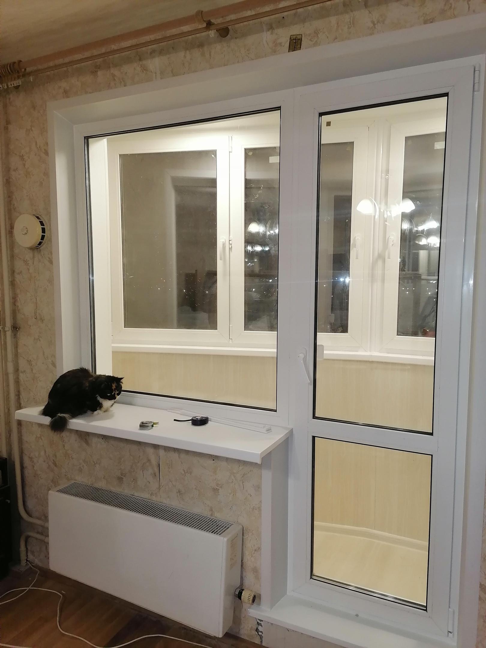 остекление балкона кот доволен